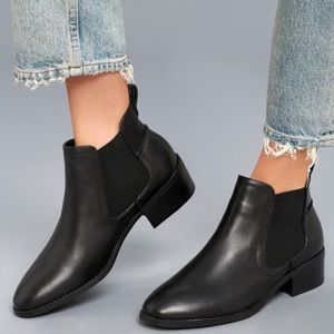 Steve Madden Dicey Booties